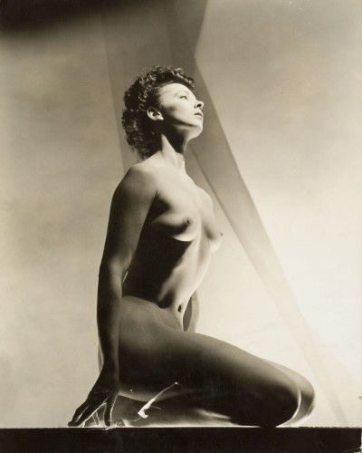 Leonor Fini, New York, 1936, photography by Georges Platt Lynes