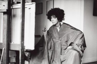 Leonor Fini dans son atelier, rue de La Vrillière, Paris, 1976, Karl Heinz Bast
