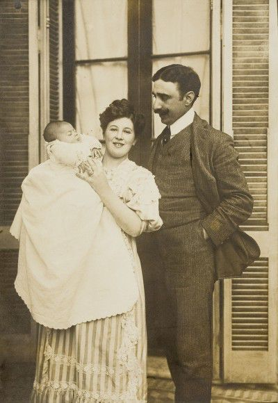 Leonor Fini avec ses parents, Argentine, 1907