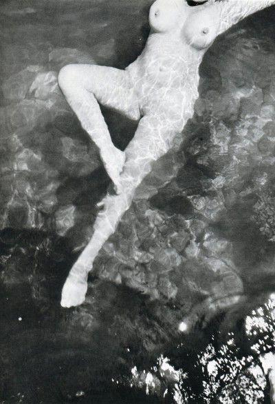 Leonor Fini, Trieste, 1933, photographie de Henri Cartier-Bresson