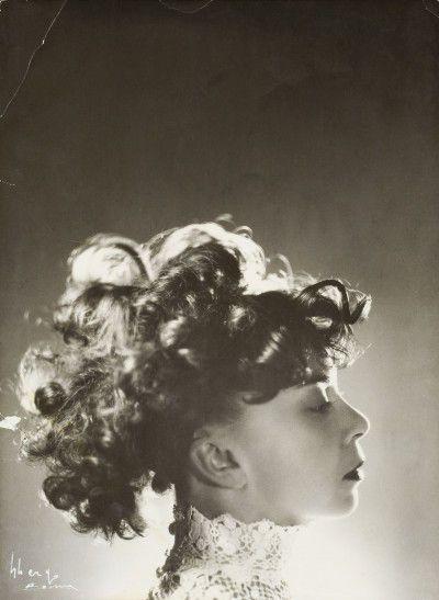 Leonor Fini, Rome, 1944-45, photographie d'Arturo Ghergo